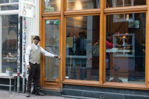 Coffeeshop Amsterdam Weed Vacation