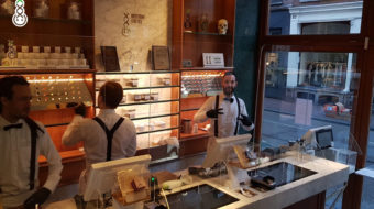 COVID19 CORONA VIRUS COFFEESHOPS AMSTERDAM